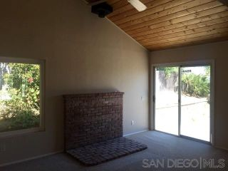 Photo 7: EAST ESCONDIDO House for sale : 4 bedrooms : 1060 Bridgeport St in Escondido