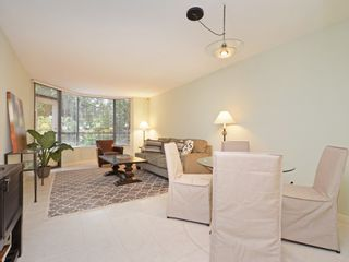 "Photo 7: 104 3905 SPRINGTREE Drive in Vancouver: Quilchena Condo for sale in ""ARBUTUS VILLAGE"" (Vancouver West)  : MLS®# R2413168"
