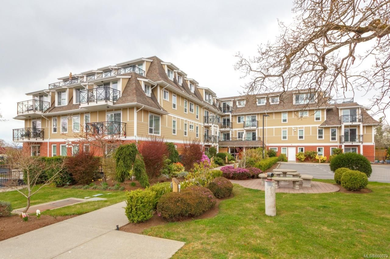 Main Photo: 411 4536 Viewmont Ave in : SW Royal Oak Condo for sale (Saanich West)  : MLS®# 860079
