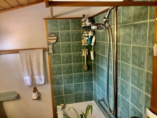 Photo 10: 2897 SUNSHINE COAST Highway: Roberts Creek House for sale (Sunshine Coast)  : MLS®# R2602692
