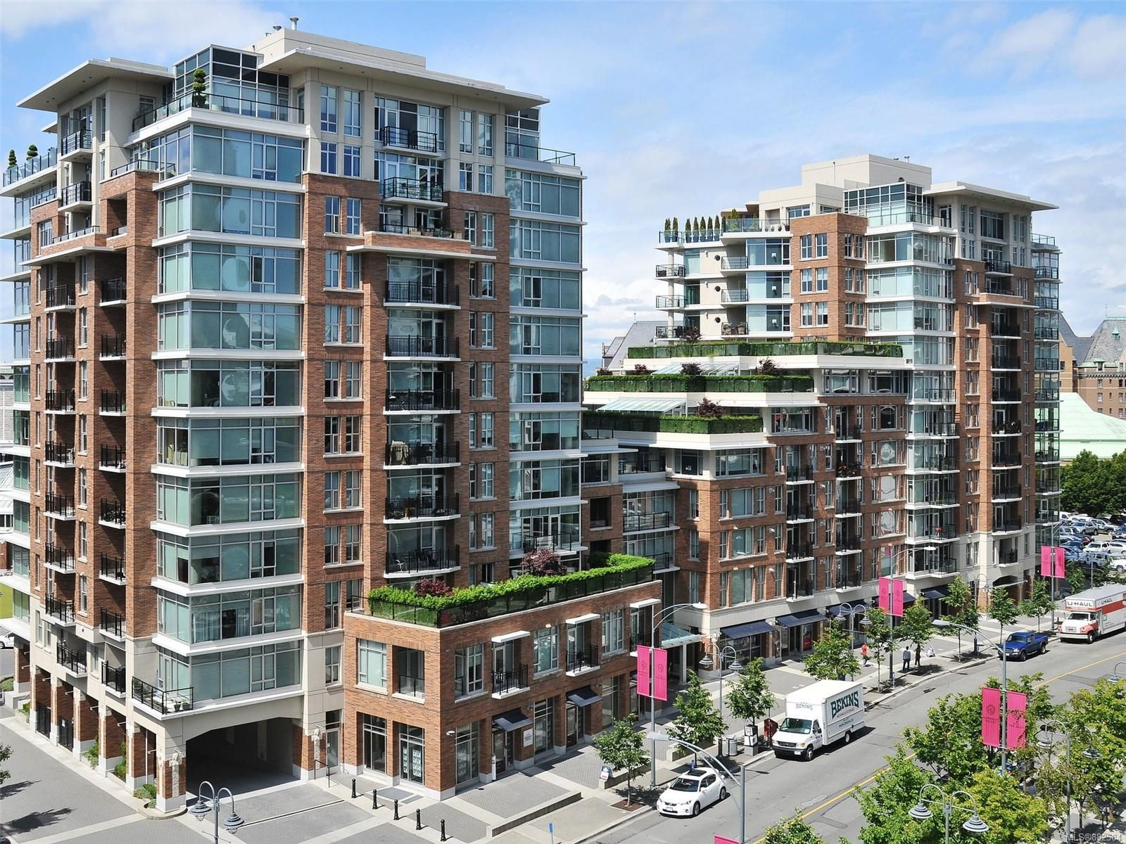 Main Photo: N707 737 Humboldt St in : Vi Downtown Condo for sale (Victoria)  : MLS®# 882584