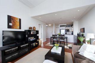 Photo 4: 301 400 Dupplin Rd in : SW Rudd Park Condo for sale (Saanich West)  : MLS®# 869054