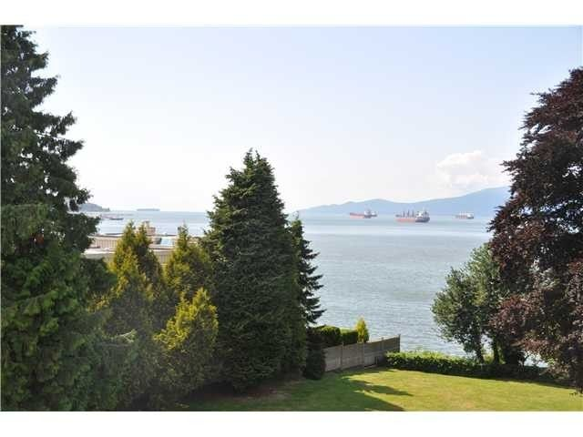 Main Photo: 2585 CORNWALL AV in Vancouver: Kitsilano Condo for sale (Vancouver West)  : MLS®# V1104415