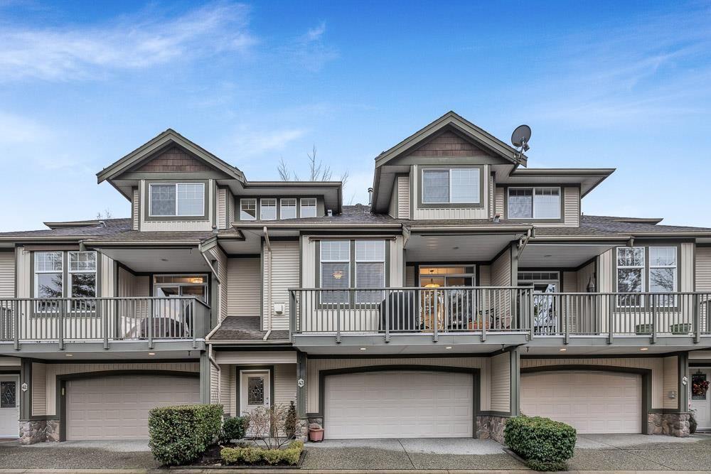 "Main Photo: 43 23281 KANAKA Way in Maple Ridge: Cottonwood MR Townhouse for sale in ""Woodridge"" : MLS®# R2539916"