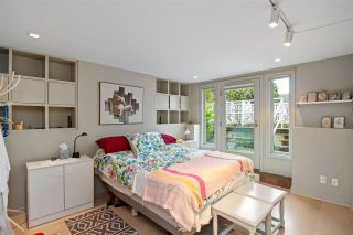 """Photo 10: 2530 CORNWALL Avenue in Vancouver: Kitsilano Townhouse for sale in """"NORTH OF 4TH AVENUE"""" (Vancouver West)  : MLS®# R2440158"""
