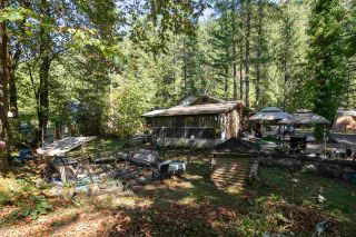 """Photo 33: 2000 MIDNIGHT Way in Squamish: Paradise Valley House for sale in """"PARADISE VALLEY"""" : MLS®# R2497632"""