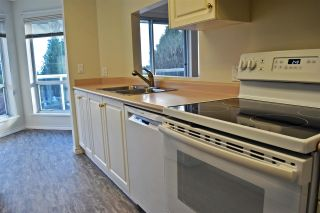 Photo 9: 14 5740 MARINE Way in Sechelt: Sechelt District Townhouse for sale (Sunshine Coast)  : MLS®# R2523200