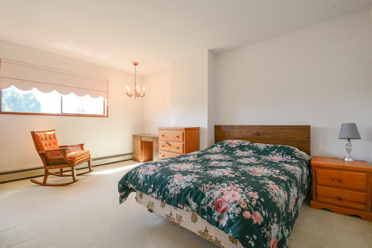 Photo 11: Photos: 1230 PHILLIPS AVENUE in Burnaby: Simon Fraser Univer. House for sale (Burnaby North)  : MLS®# R2288510