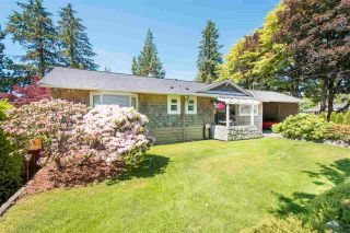 Photo 2: 4787 CEDARCREST Avenue in North Vancouver: Canyon Heights NV House for sale : MLS®# R2562639