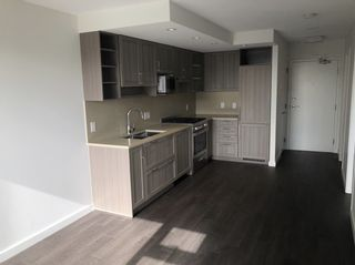 Photo 7: 504 5470 ORMIDALE STREET in Vancouver: Collingwood VE Condo for sale (Vancouver East)  : MLS®# R2337695