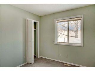 Photo 9: 15 WHITMIRE Villa(s) NE in Calgary: Whitehorn House for sale : MLS®# C4094528