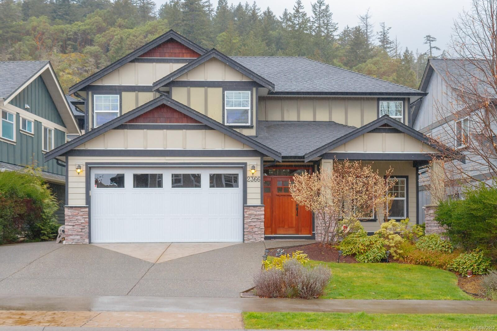 Main Photo: 2366 Echo Valley Dr in : La Bear Mountain House for sale (Langford)  : MLS®# 872982