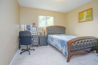 Photo 17: 15484 19 Avenue in Surrey: King George Corridor House for sale (South Surrey White Rock)  : MLS®# R2398510