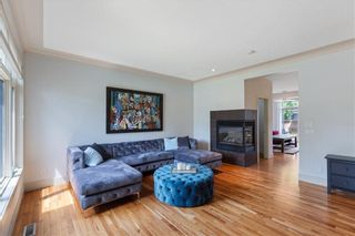Photo 5: 2722 Parkdale Boulevard NW in Calgary: Parkdale Semi Detached for sale : MLS®# A1106630