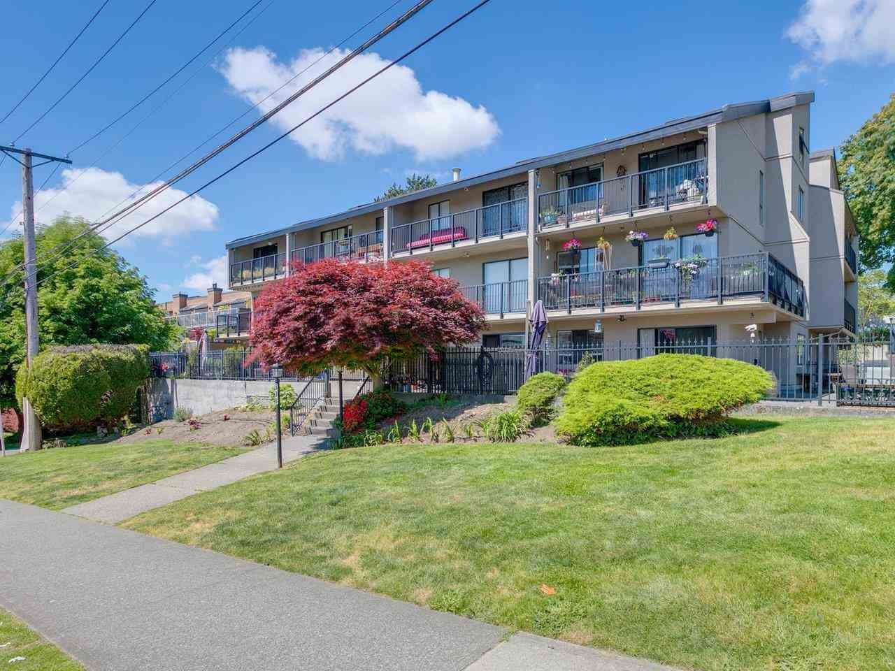 Main Photo: 205 803 QUEENS AVENUE in New Westminster: Uptown NW Condo for sale : MLS®# R2584839