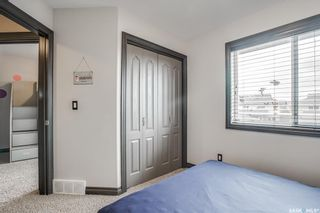 Photo 17: 819 Willowgrove Crescent in Saskatoon: Willowgrove Residential for sale : MLS®# SK852564