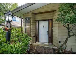 Photo 3: 13874 FALKIRK Drive in Surrey: Bear Creek Green Timbers House for sale : MLS®# R2307470