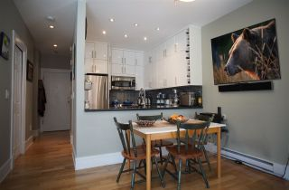 """Photo 4: 109 125 W 18TH Street in North Vancouver: Central Lonsdale Condo for sale in """"Ashton Place"""" : MLS®# R2455958"""