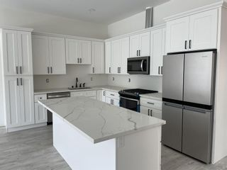 Photo 3: IMPERIAL BEACH Condo for sale : 3 bedrooms : 251 Dahlia