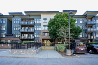 """Photo 5: 105 20062 FRASER Highway in Langley: Langley City Condo for sale in """"Varsity"""" : MLS®# R2599620"""