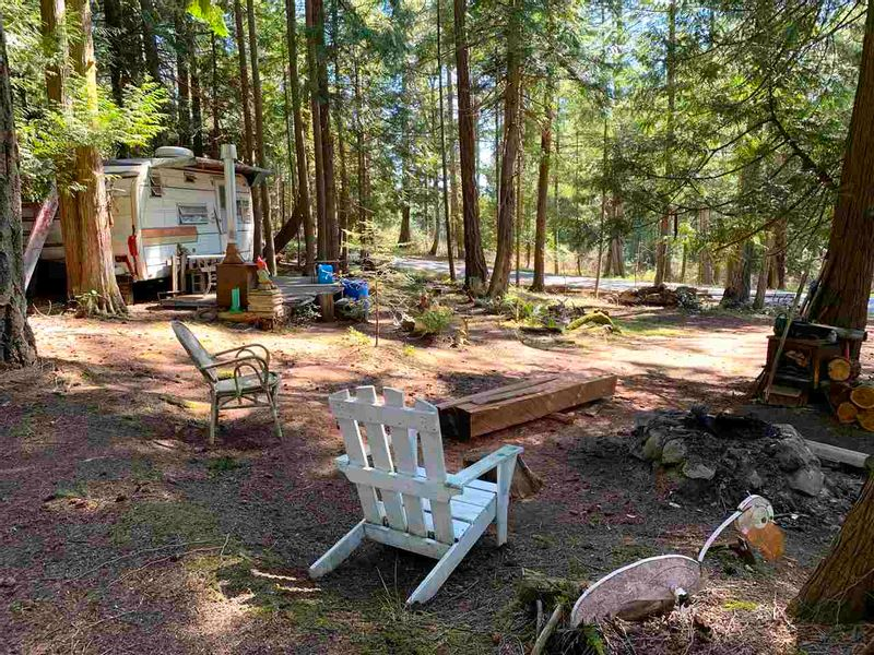 FEATURED LISTING: 413 CAMPBELL BAY Road Mayne Island