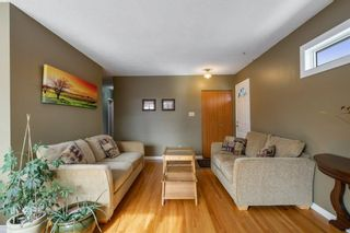 Photo 4: 624 Seattle Drive SW in Calgary: Southwood Detached for sale : MLS®# A1077416