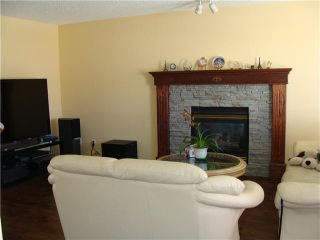 Photo 2: 7 MARTHA'S HAVEN Heath NE in CALGARY: Martindale Residential Detached Single Family for sale (Calgary)  : MLS®# C3619435