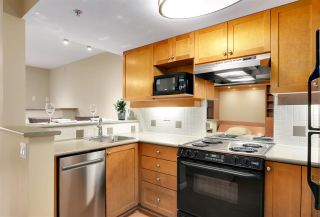 "Photo 12: 2 2375 W BROADWAY in Vancouver: Kitsilano Condo for sale in ""TALIESIN"" (Vancouver West)  : MLS®# R2524547"