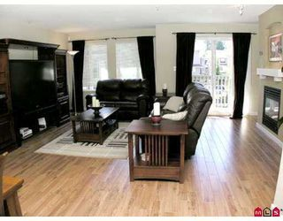 """Photo 3: 35 6651 203RD Street in Langley: Willoughby Heights Townhouse for sale in """"Sunscape"""" : MLS®# F2719428"""