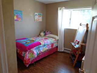 Photo 13: 2302 Young Avenue in Kamloops: Brocklehurst House for sale : MLS®# 128420