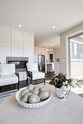 Photo 16: 347 Shawnee Boulevard SW in Calgary: Shawnee Slopes Detached for sale : MLS®# C4198689