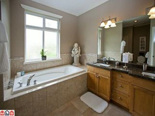 """Photo 6: 35461 JADE Drive in Abbotsford: Abbotsford East House for sale in """"Eagle Mountain"""" : MLS®# F1117741"""