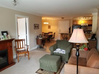 Photo 3: 318 45769 STEVENSON Road in Sardis: Sardis East Vedder Rd Condo for sale : MLS®# R2348093