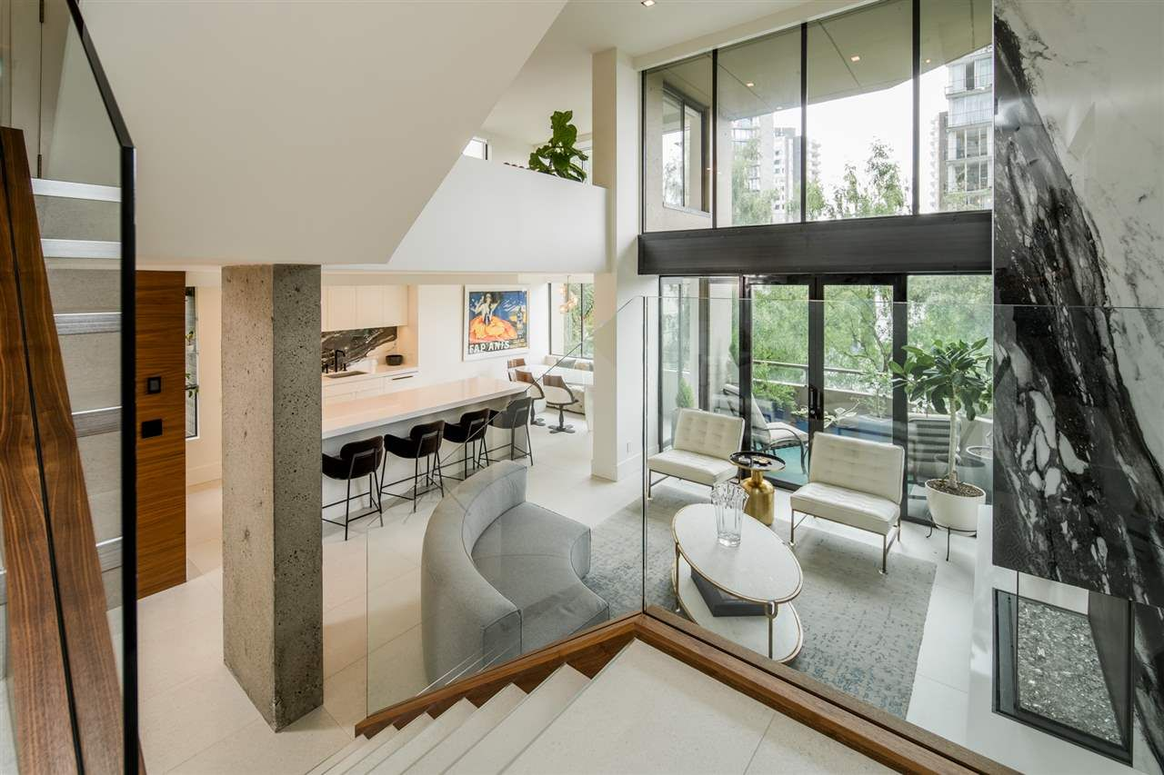 Main Photo: 403 1236 BIDWELL STREET in Vancouver: West End VW Condo for sale (Vancouver West)  : MLS®# R2480582