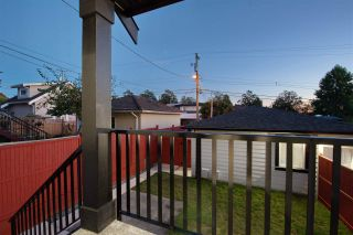 Photo 32: 1614 E 36 Avenue in Vancouver: Knight 1/2 Duplex for sale (Vancouver East)  : MLS®# R2507439