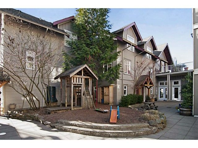 Main Photo: 112 4272 ALBERT Street in Burnaby: Vancouver Heights Townhouse for sale (Burnaby North)  : MLS®# V1045828