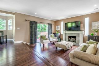 Photo 13: 6130 PARKSIDE Close in Surrey: Panorama Ridge House for sale : MLS®# R2454955