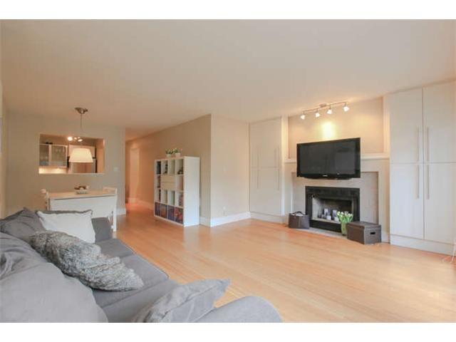 Photo 2: Photos: 103 925 W 15TH Avenue in Vancouver: Fairview VW Condo  (Vancouver West)  : MLS®# V1112385