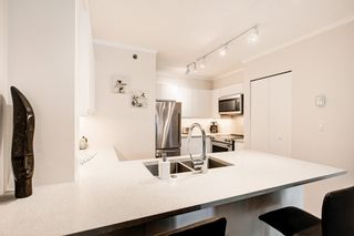"Photo 5: 312 503 W 16TH Avenue in Vancouver: Fairview VW Condo for sale in ""The Pacifica"" (Vancouver West)  : MLS®# R2374696"