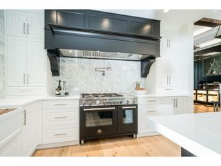 "Photo 8: 3415 CANTERBURY Drive in Surrey: Morgan Creek House for sale in ""MORGAN CREEK"" (South Surrey White Rock)  : MLS®# R2604677"
