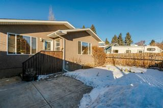 Photo 39: 100 Wedgewood Drive SW in Calgary: Wildwood Detached for sale : MLS®# A1062854