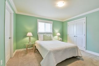 """Photo 20: 17301 2 Avenue in Surrey: Pacific Douglas House for sale in """"Summerfield"""" (South Surrey White Rock)  : MLS®# R2535220"""