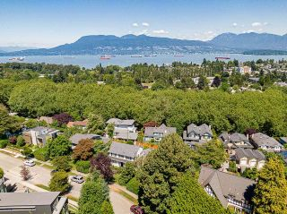 Photo 22: 2588 WALLACE Crescent in Vancouver: Point Grey House for sale (Vancouver West)  : MLS®# R2599733