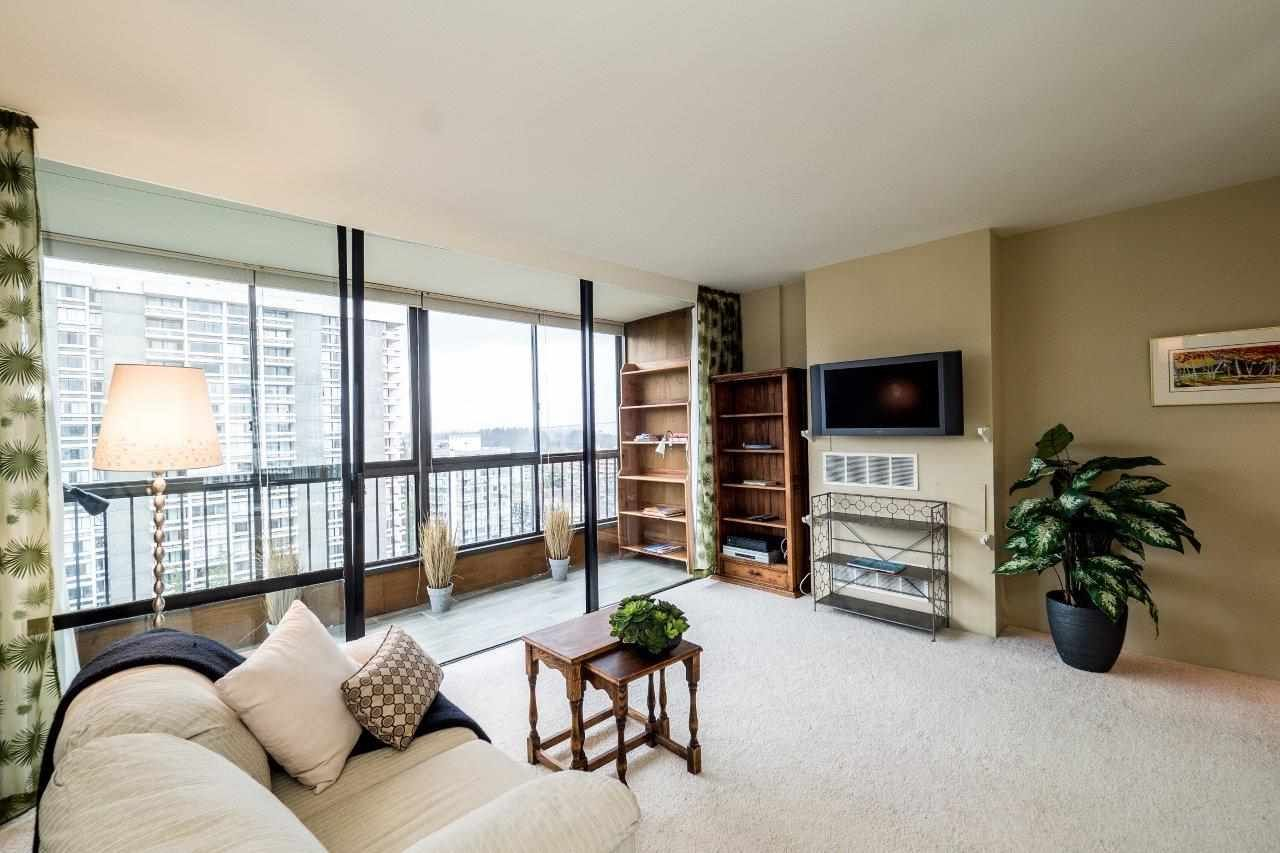 """Photo 6: Photos: 1203 650 16TH Street in West Vancouver: Ambleside Condo for sale in """"Westshore Place"""" : MLS®# R2147302"""