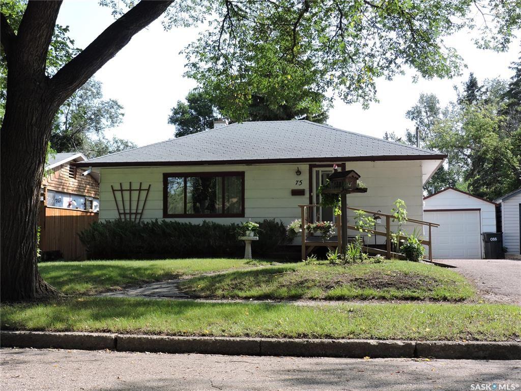 Main Photo: 75 James Avenue in Yorkton: West YO Residential for sale : MLS®# SK867992