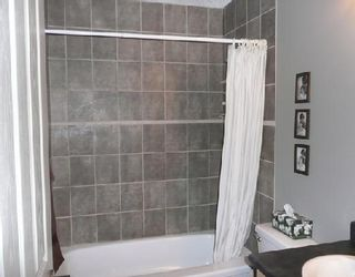 Photo 7: 67 WOODBROOK Way SW in CALGARY: Woodbine Residential Detached Single Family for sale (Calgary)  : MLS®# C3305711