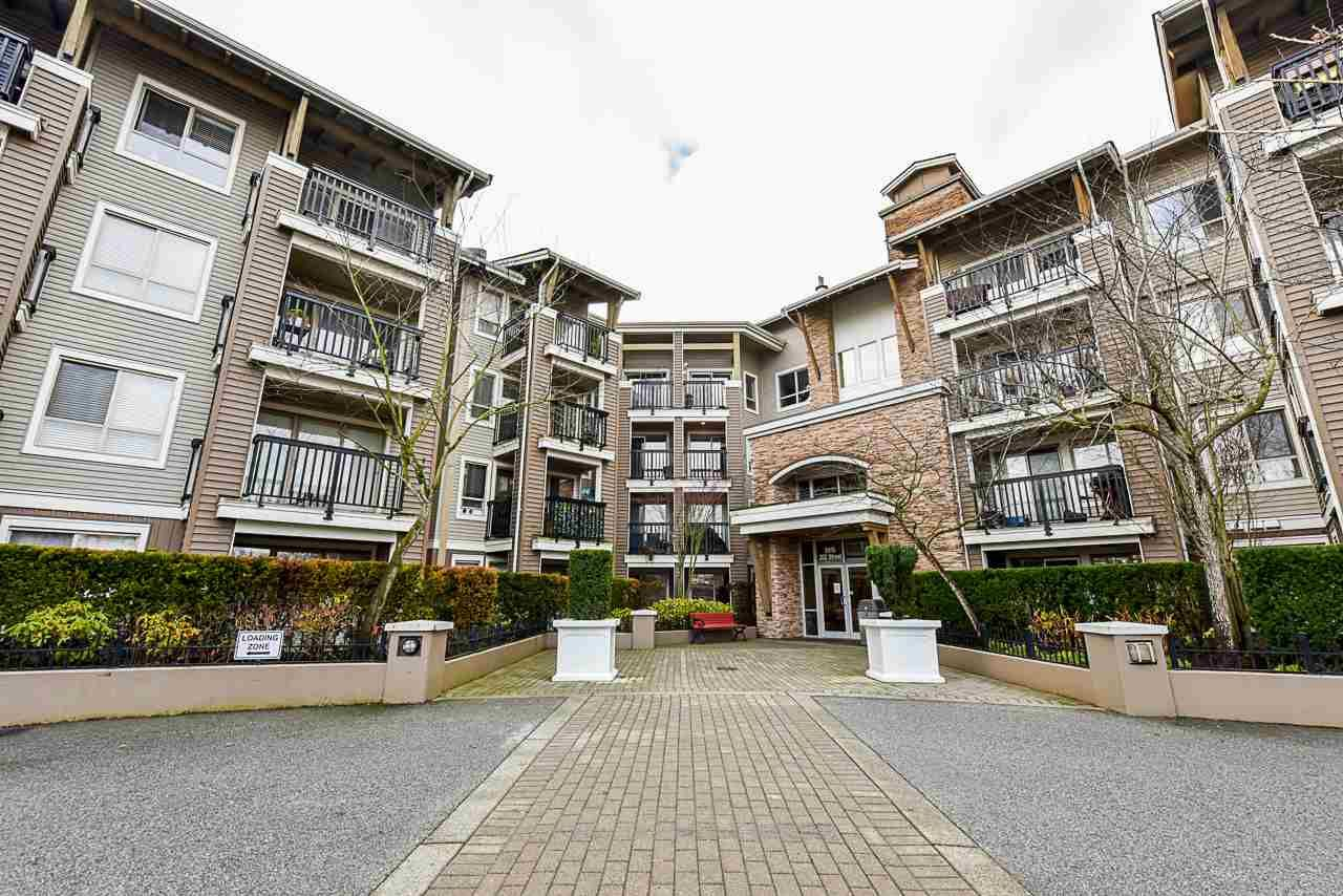 "Main Photo: 301 8915 202 Street in Langley: Walnut Grove Condo for sale in ""HAWTHORNE"" : MLS®# R2526896"