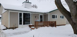 Photo 16: 102 Valley View Drive in Winnipeg: Heritage Park Residential for sale (5H)  : MLS®# 202002840