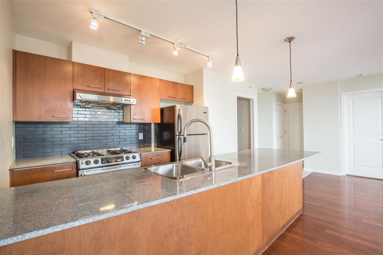 """Photo 5: Photos: 1102 4333 CENTRAL Boulevard in Burnaby: Metrotown Condo for sale in """"PRESEDIA"""" (Burnaby South)  : MLS®# R2388562"""