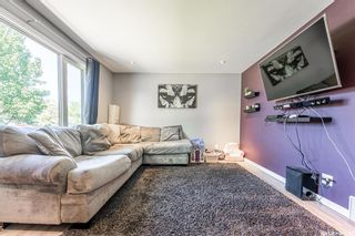 Photo 4: 210 Mowat Crescent in Saskatoon: Pacific Heights Residential for sale : MLS®# SK870029